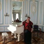 Началась подготовка к показу Ольги Полухиной